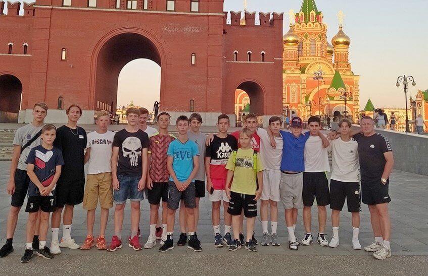 Футболисты «Икара» одержали очередную победу на первенстве России