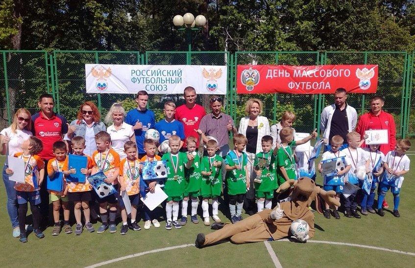 Юные футболисты Сарова вышли в финал «Чемпионата по футболу 5+»