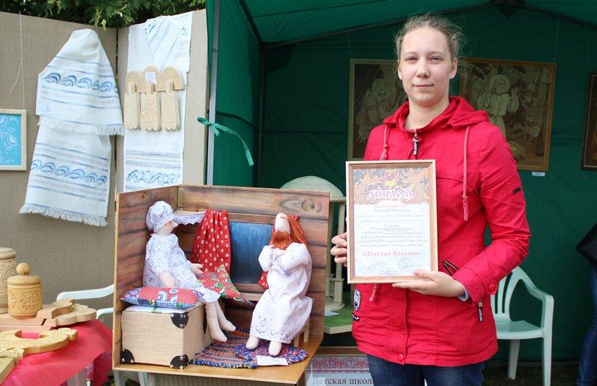 ДШИ № 2 успешно выступила на фестивале народных промыслов в Семенове