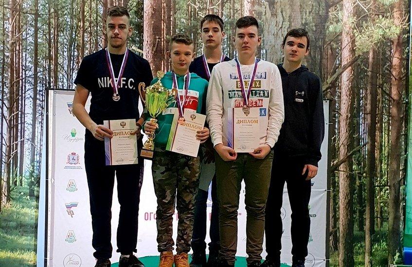 Саровские бадминтонисты завоевали за минувшую неделю 8 медалей и 1 кубок