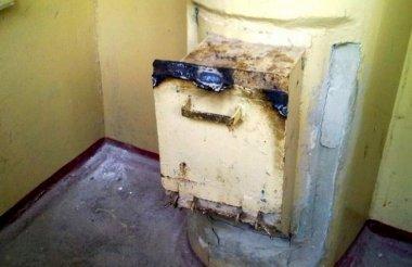 Саровчане устраивают пожары в мусоропроводах
